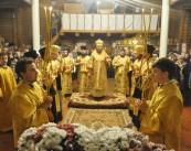 Епископ Боярский Феодосий совершил всенощное бдение в храме в честь святителя Иоасафа Белгородского